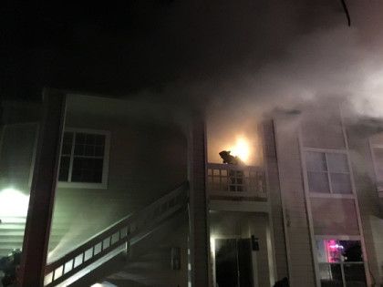 apt fire 2 Condo Fire Kills One Woman, Another Escapes