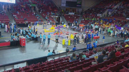 robotics competition 10pkg transfer frame 310 Robotics Competition Could Be First Step Towards Career In Aerospace