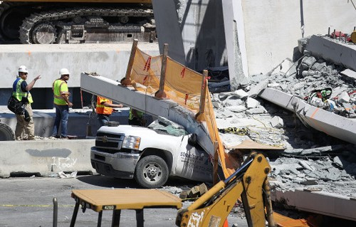 gettyimages 932883696 State Of Florida: Voicemail About Cracks 2 Days Before Bridge Fell