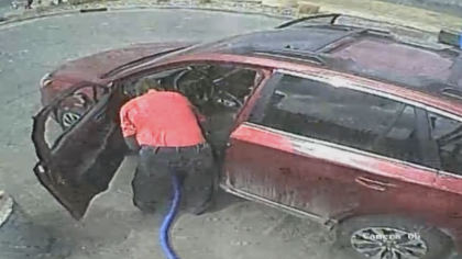 car wash ring 10pkg transfer frame 1547 Complete Panic: Man Desperately Searches For Family Heirloom