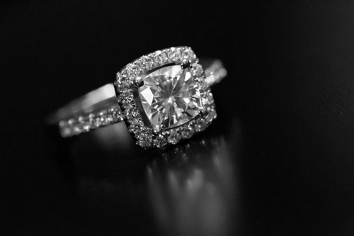 Jewelers, Diamond Dealers Turn To Blockchain Tech For Provenance Traceability