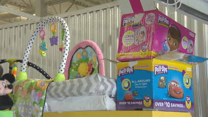 foster care closet 10pkg frame 1121 Big Hearts Closet Helps Foster Families