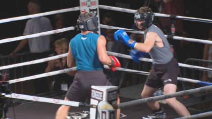 fighting cancer 10pkg frame 436 Group Takes Cancer Fight To The Ring Literally