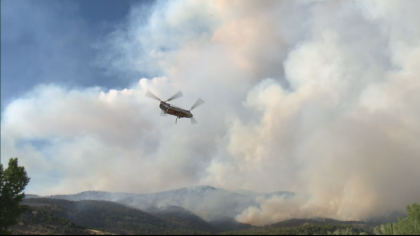 lake christine fire 10pkg transfer frame 0 Everybody Has To Be Proactive: Residents Watch Lake Christine Fire Grow