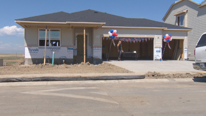 home for vets 5vo frame 279 Operation Homefront Crews Leave Messages For Future Homeowners