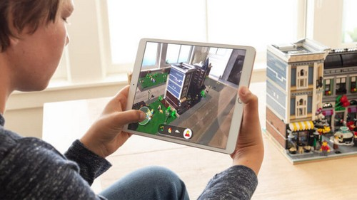 Apple's latest ARKit preps augmented reality to become pervasive reality