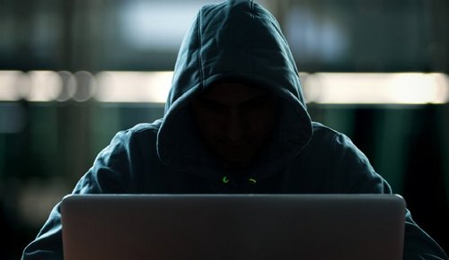 Hackers Breach Popular Web Analytics Site to Target Crypto Exchange