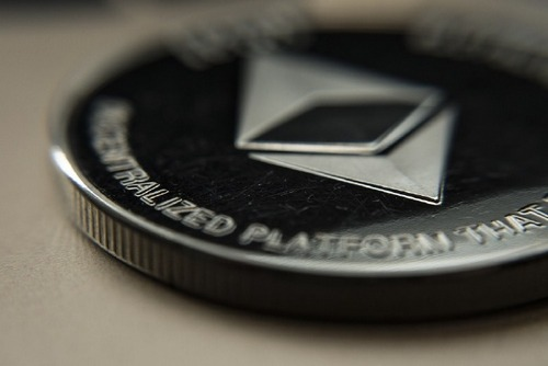 XRP Under-performing, ETH Closing as Gap Reduced to $700m
