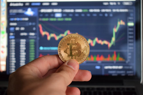 "Crypto Analyst, If Bitcoin (BTC) Runs, $4300 Will Be ""Very Difficult"" To Break"