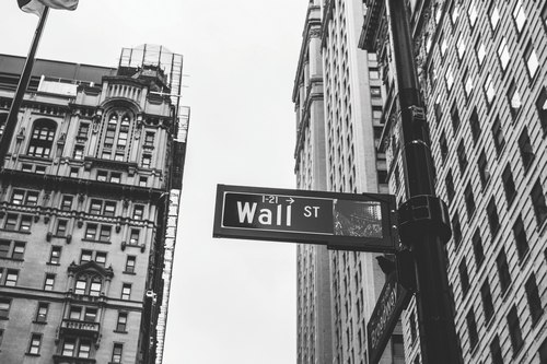 JP Morgan Analyst Calls, For Wall Street Foray As Bitcoin (BTC) Stabilizes At $3400