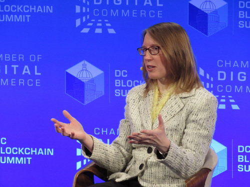 SEC's 'Crypto Mom' Sees No Need for National Blockchain Policy