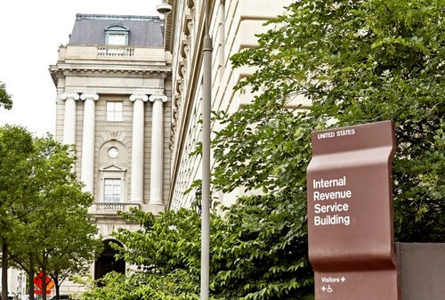 Lawmakers Want Answers From IRS, Citing Major Issues With Crypto Tax Guidance